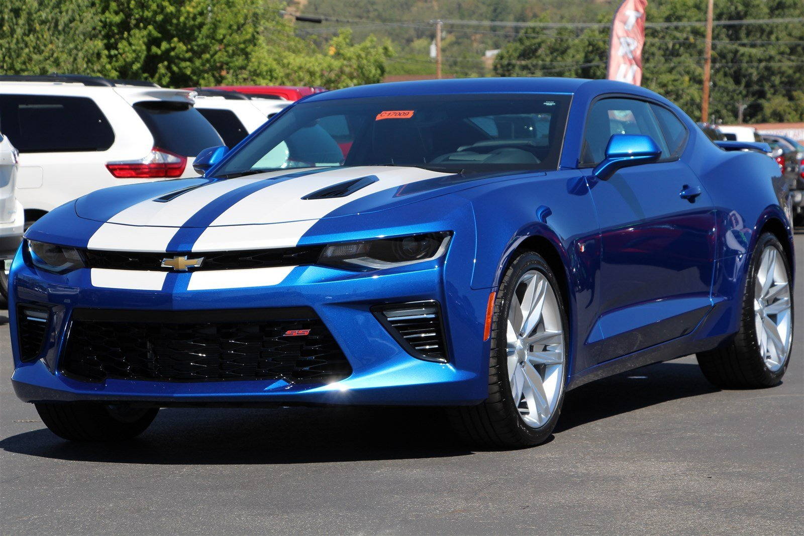 New 2017 Chevrolet Camaro Ss 2dr Car In Roseburg C17009