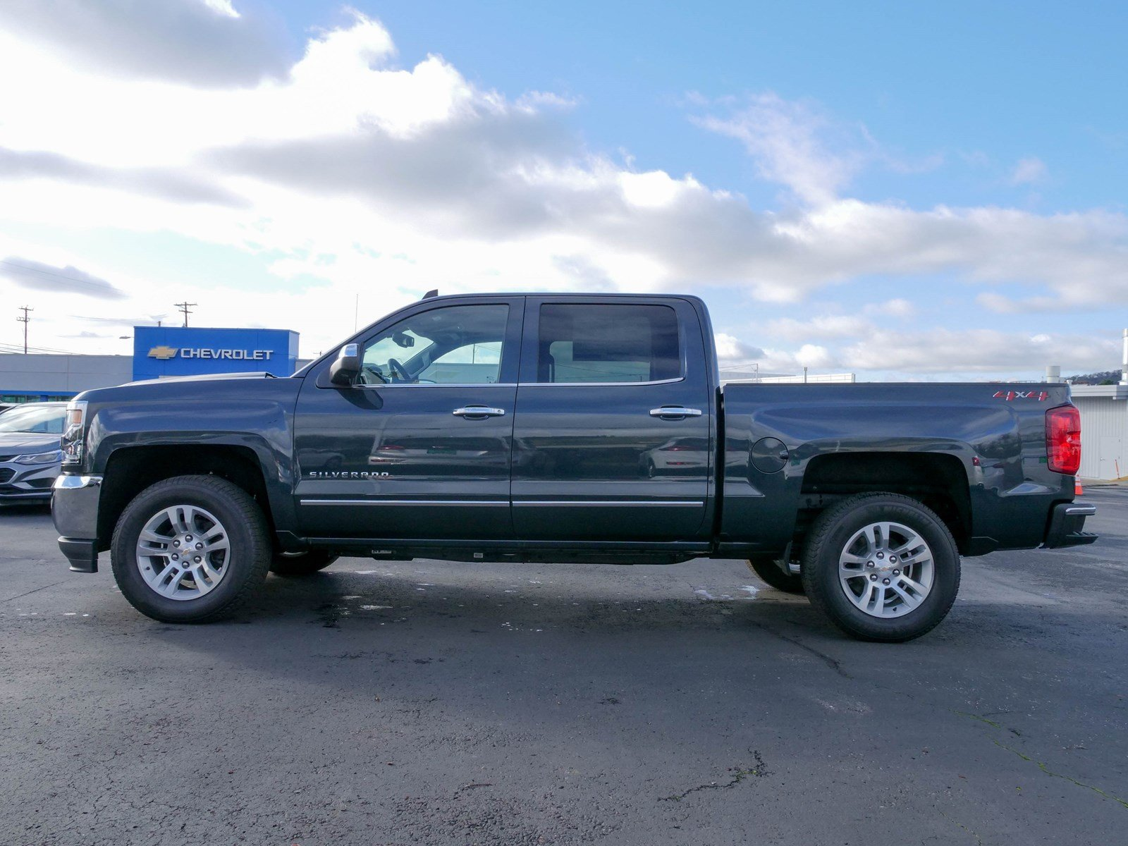 crew used pickup chevrolet cab pre inventory silverado owned lt